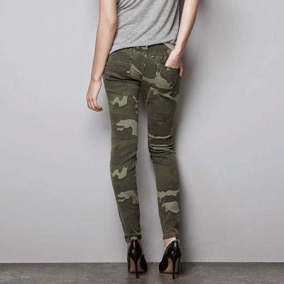calca-feminina-camuflada-com-spike